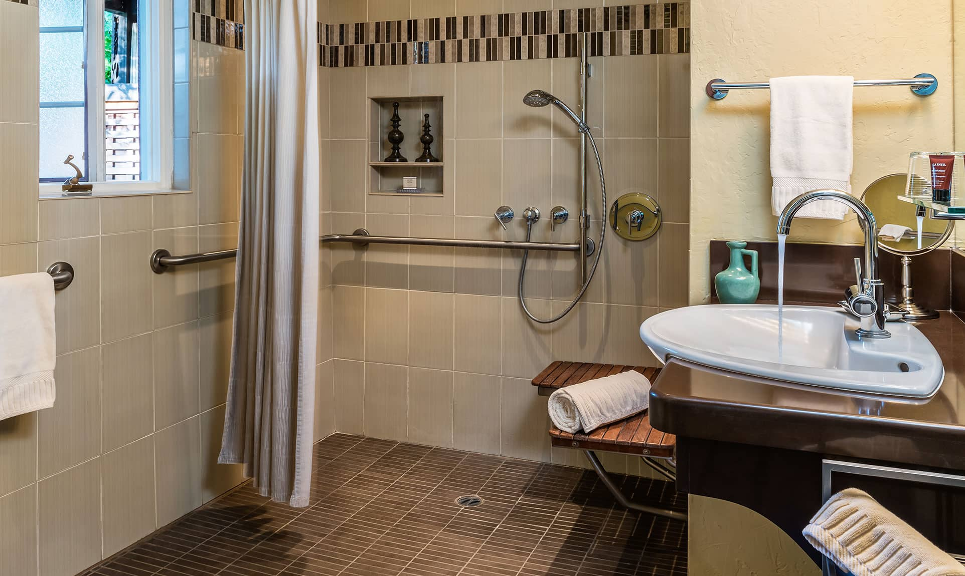European-style shower in the Live Oak Room