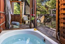 Private soaking tub on the Live Oak Room patio