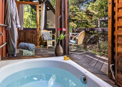 Private soaking tub on the Live Oak Room patio