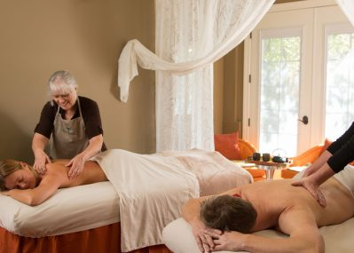 Talented masseuses give couple a luxurious massage