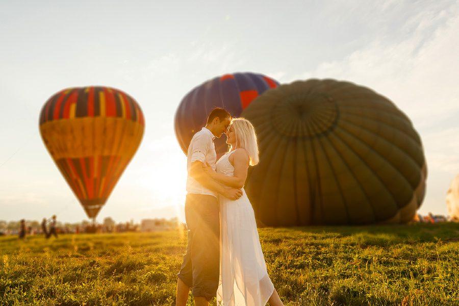 Hot Air Balloon Ride During California Anniversary Trip